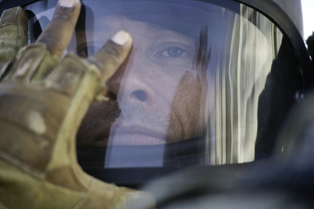 Es ist Sommer 2004 in Bagdad, noch 38 Tage bis zum jährlichen Turnuswechsel für das Team Bravo. Da muss Bombenentschärfer Sergeant Matt Thompson (Gu... - Bildquelle: 2009 Concorde Filmverleih GmbH