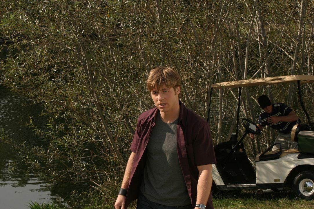 Für Ryan (Benjamin McKenzie) ist der Ausflug nach Palm Springs alles andere als ein Vergnügen ... - Bildquelle: Warner Bros. Television