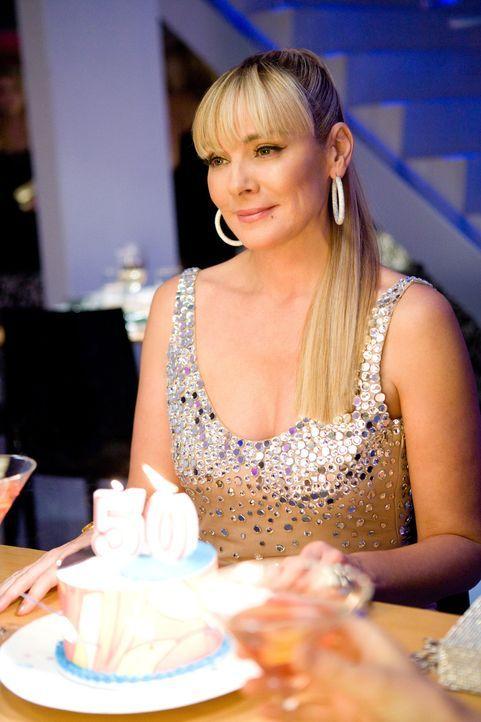 Samantha (Kim Cattrall) steht zu ihrem Alter! - Bildquelle: Warner Brothers