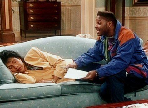Bill Cosby Show - Theo (Malcolm-Jamal Warner, r.) bittet Clair (Phylicia Rash...