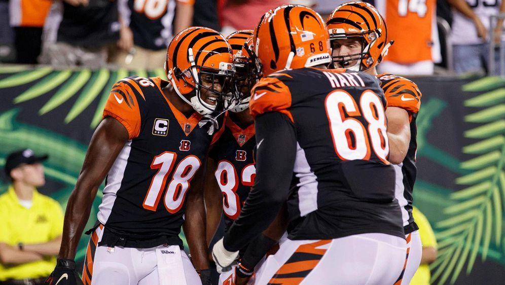 Die Cincinnati Bengals feiern einen Touchdown von A.J. Green - Bildquelle: Imago