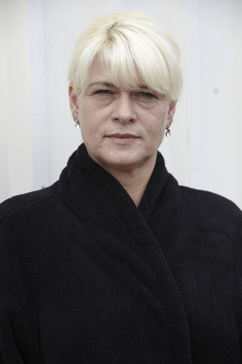 """Michaela aus Wipperfürth ist fünffache Mutter und wird demnächst sogar Großmutter. Die 43-Jährige befürchtet, als """"Oma"""" aufs Abstellgleis verw... - Bildquelle: DDProductions"""