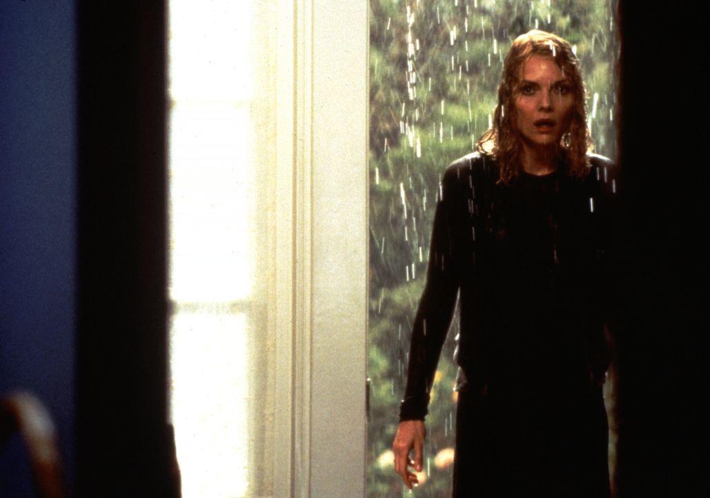 Claire Spencer (Michelle Pfeiffer) beginnt nach dem Auszug ihrer einzigen Tochter Caitlin plötzliche allerlei Geräusche in ihrem Haus zu hören. Mit... - Bildquelle: 20th Century Fox