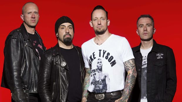 Volbeat- Seal The Deal & Let's Boogie