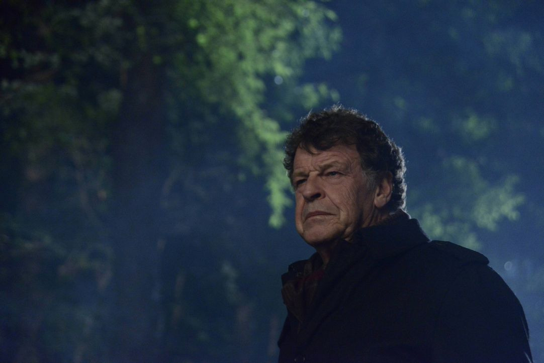 Wird Henry (John Noble) seinem Vater wirklich helfen oder hilft Ichabod eigentlich ihm? - Bildquelle: 2014 Fox and its related entities. All rights reserved.