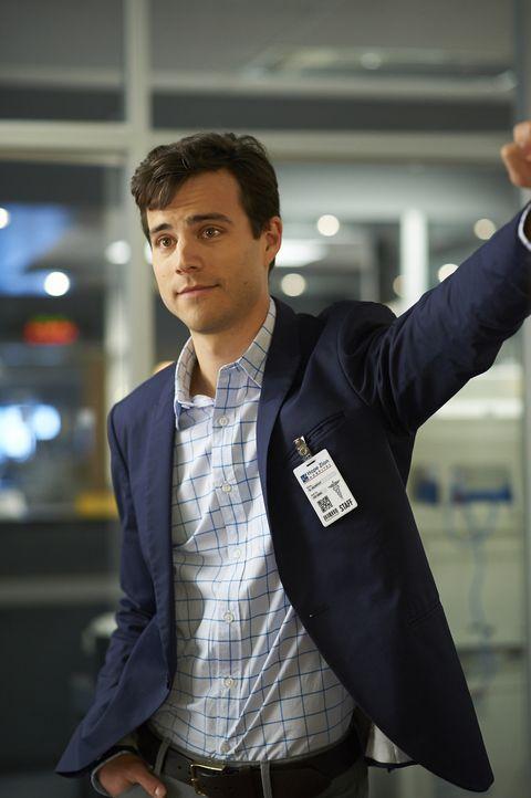 Gavin (Kristopher Turner) muss eine Entscheidung treffen, die sein Leben verändern könnte ... - Bildquelle: 2013  Hope Zee Two Inc.