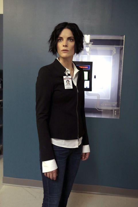 Begeht Jane (Jaimie Alexander) einen fatalen Denkfehler? - Bildquelle: Warner Brothers