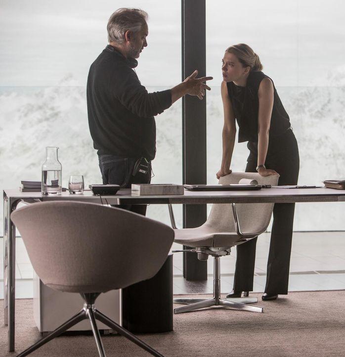 spectre-03-mendes-seydoux-sony - Bildquelle: 2015 Sony Pictures Releasing GmbH