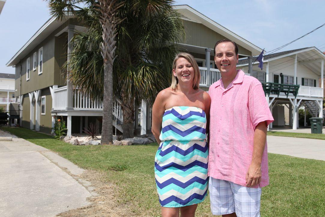 Wird Blanches (l.) und Chris (r.) Budget von 300.000 Dollar ausreichen, um ein Zweithaus an der Atlantikküste von South Carolina zu kaufen? - Bildquelle: 2013,HGTV/Scripps Networks, LLC. All Rights Reserved