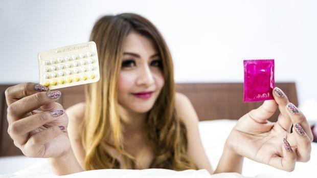 Pille, Kondom oder Sex ohne Verhütung? Keine leichte Entscheidung. Wägen Sie...