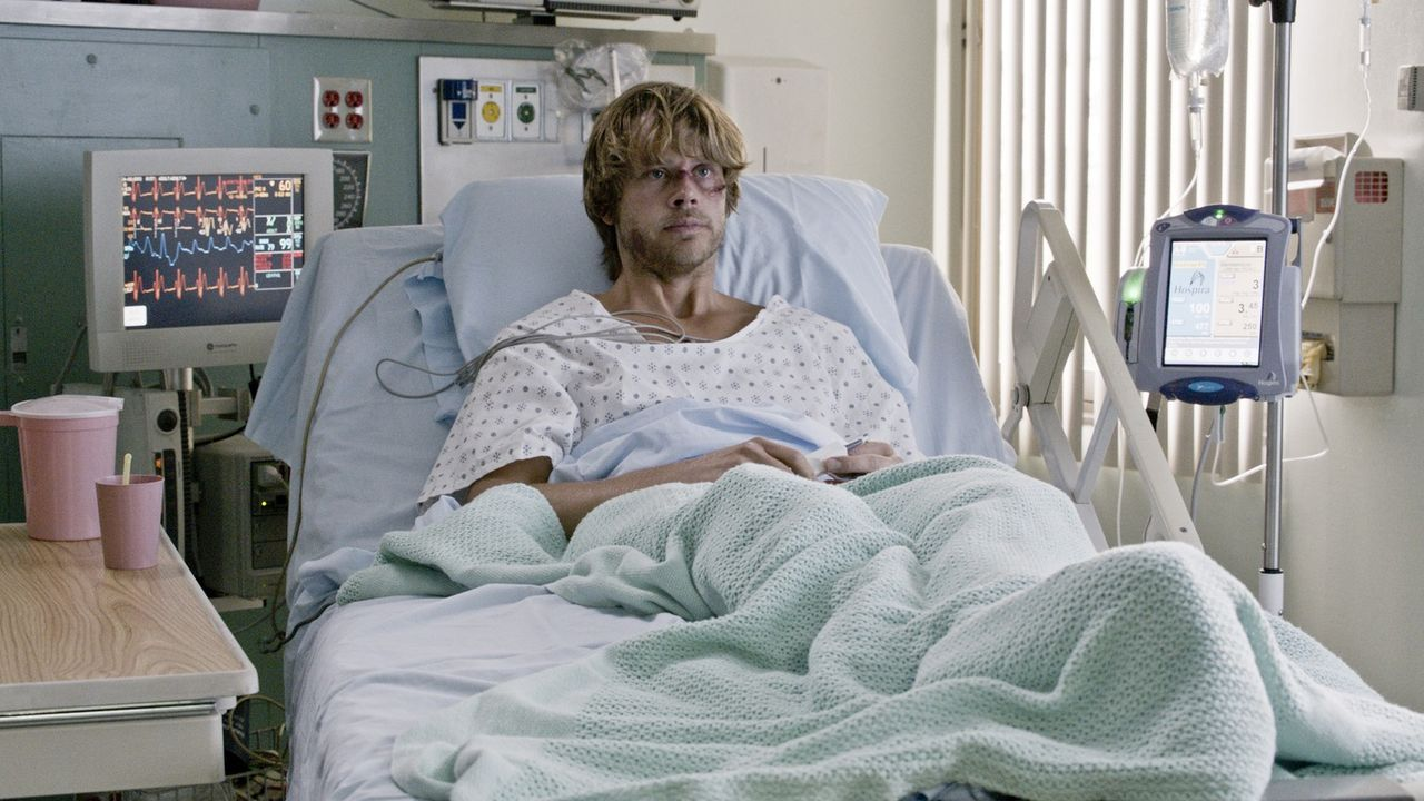 Nachdem Sam und Deeks (Eric Christian Olsen) in die Hände von Sidorov gefallen und schwer gefoltert worden sind, gelingt es dem Rest  des Teams, die... - Bildquelle: CBS Studios Inc. All Rights Reserved.
