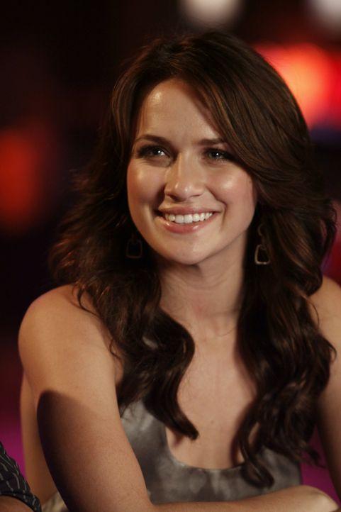 Quinn (Shantel VanSanten) findet immer mehr Gefallen an dem charmanten Clay ... - Bildquelle: Warner Bros. Pictures