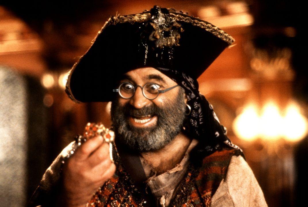 Jugend ist dem Piraten Smee (Bob Hoskins) ein echtes Gräuel ... - Bildquelle: Copyright   1991 TriStar Pictures, Inc. All Rights Reserved.