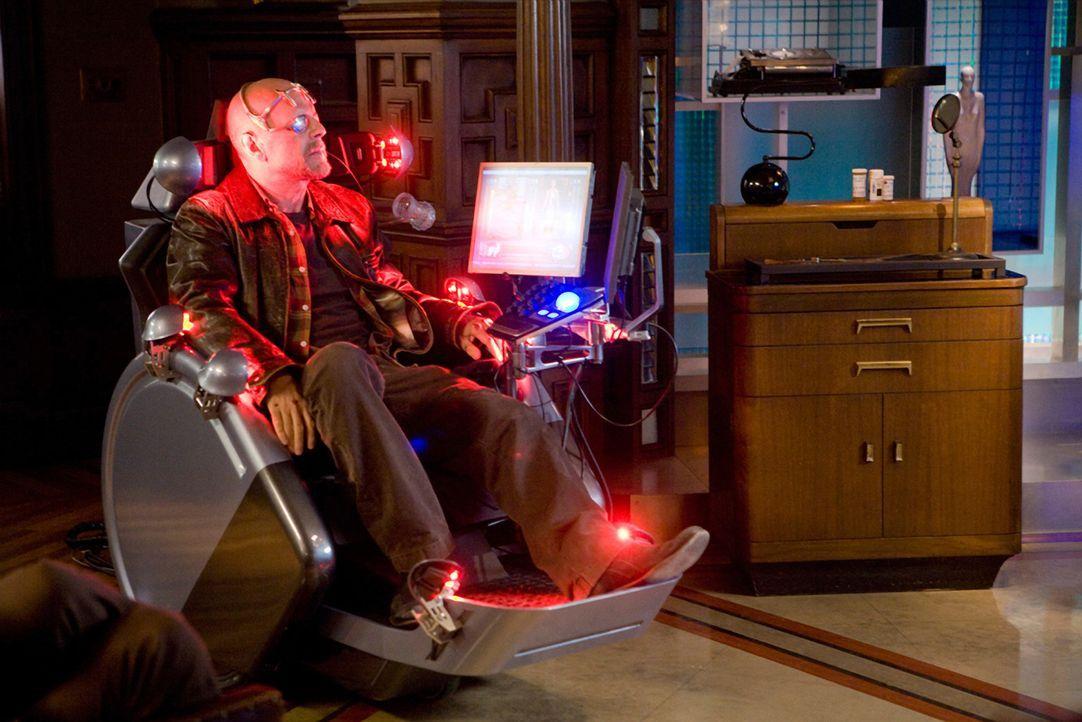 Zunächst lässt FBI-Agent Tom Greer (Bruce Willis) seinen Surrogate für sich ermitteln, doch als dieser schwer zerstört wird, muss er seit vielen... - Bildquelle: Stephen Vaughan Touchstone Pictures.  All Rights Reserved