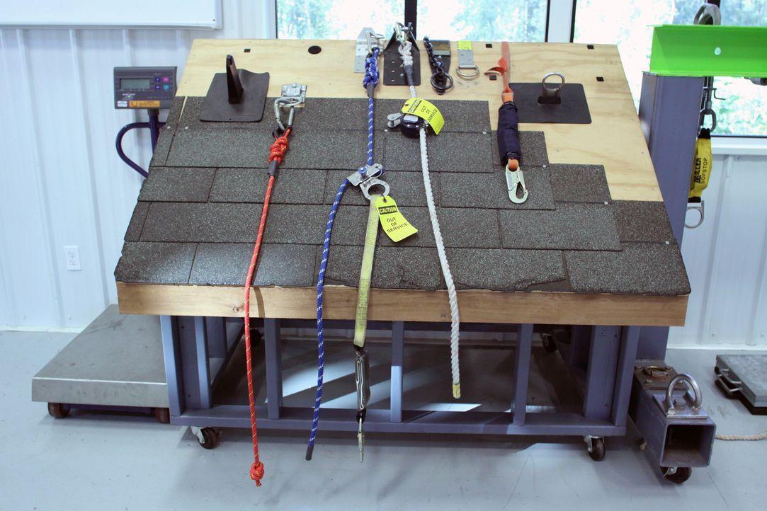 Gut angekettet: Ein Fabrikbesuch zeigt, wie diverse Ketten und Seile entstehen und welche unterschiedlichen Arten es von ihnen gibt. - Bildquelle: Courtesy Actuality Productions