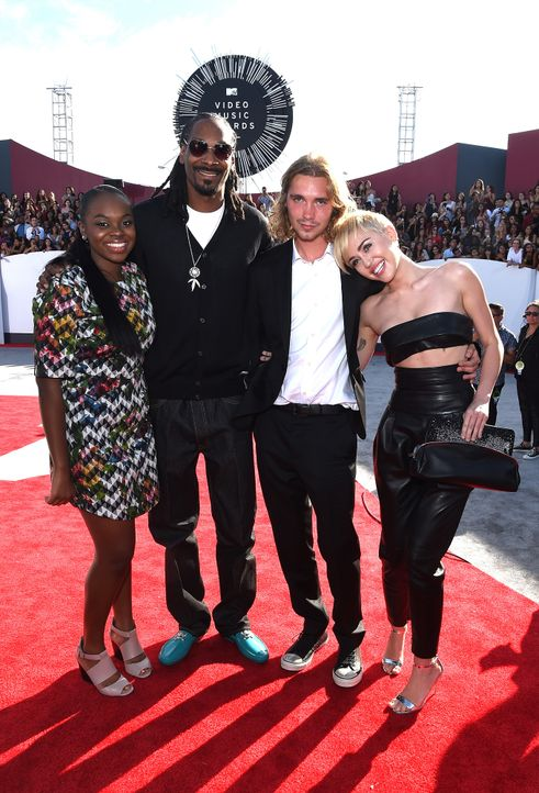 Cori-Broadus- Snoop-Dogg- Jesse-Miley-Cyrus-14-08-24-MTV-VMAs-AFP - Bildquelle: AFP