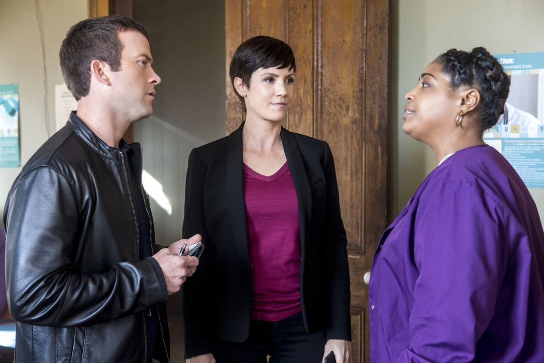 Bei den Ermittlungen in ihrem neuen Fall erhoffen sich Brody (Zoe McLellan, M.) und Lasalle (Lucas Black, l.) wichtige Informationen von Garland (Ka... - Bildquelle: 2015 CBS Broadcasting, Inc. All Rights Reserved