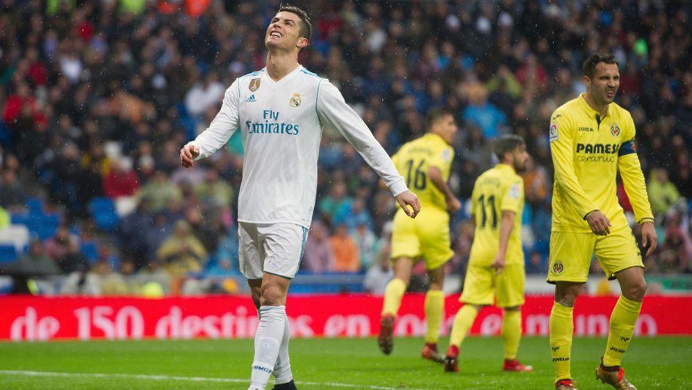 Cristiano Ronaldo (v.) und Real Madrid schlittern immer tiefer in die Krise. - Bildquelle: Getty Images