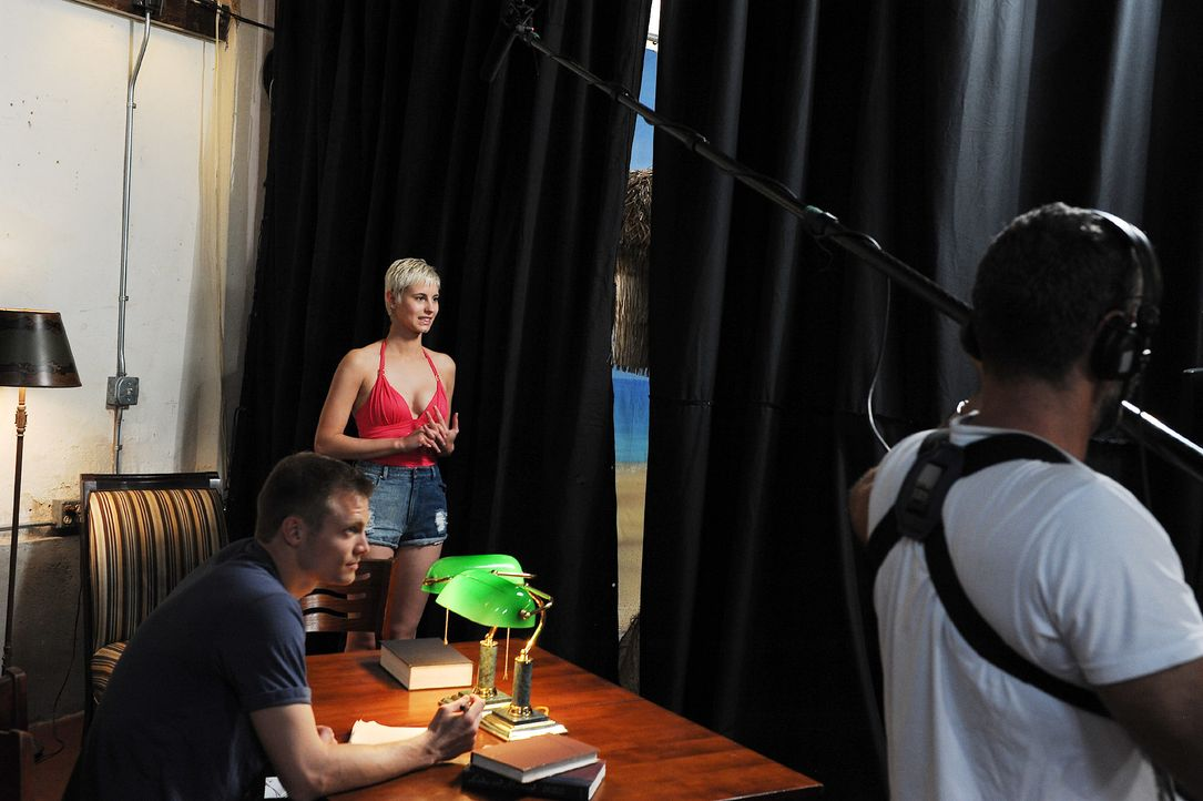 GNTM-Stf10-Epi13-Gilette-Venus-Casting-20-Lisa-ProSieben-Micah-Smith - Bildquelle: ProSieben/Micah Smith