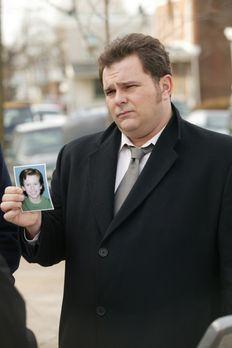 Cold Case - Die Ermittlungen im aktuellen Fall führen Det. Nick Vera (Jeremy...