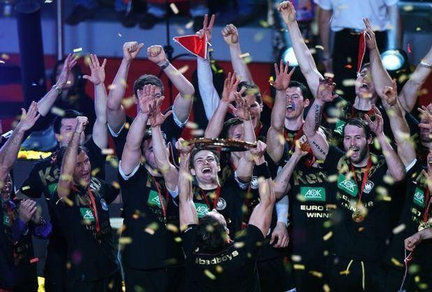 Die DHB-Männer nach dem EM-Triumph im vergangenen Jahr