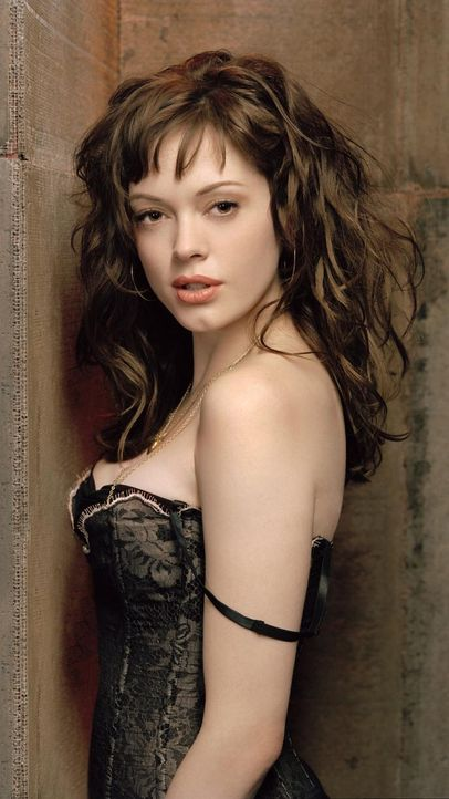 charmed-rose-mcgowan-paramount-pictures 750 x 1333