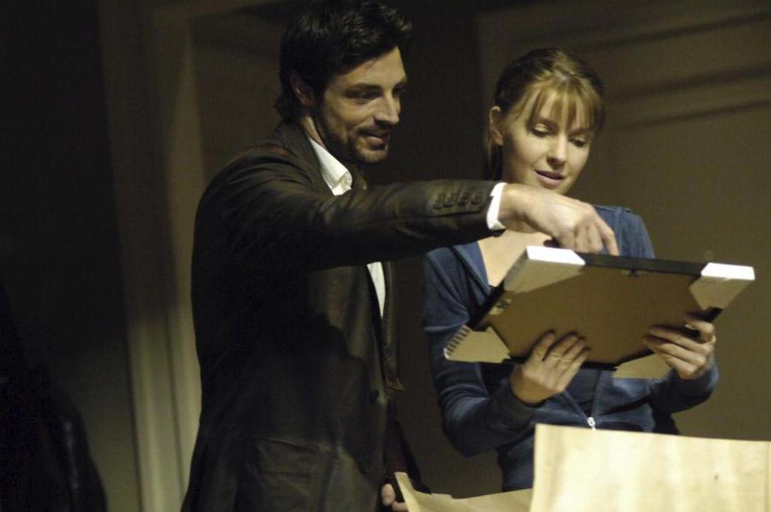 Ben (Brennan Elliott, l.) besucht Diana (Jacqueline McKenzie, r.) und als sie ihm von Maias Vision erzählt, ist er der Meinung, dass sie sich nicht... - Bildquelle: Viacom Productions Inc.