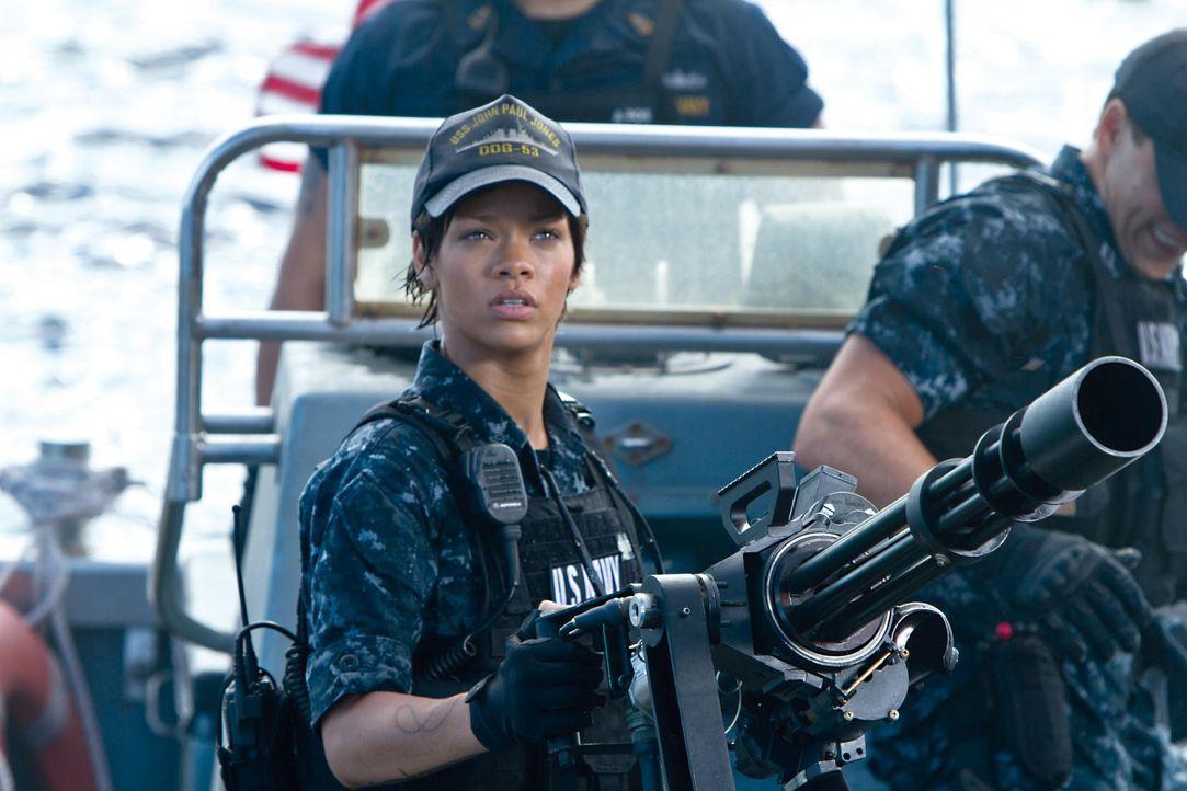 battleship-04-2011-universal-studiosjpg 2000 x 1333 - Bildquelle: 2011 Universal Studios