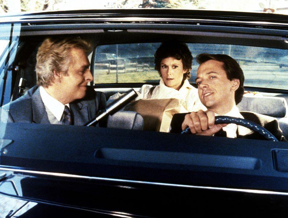 Der Gangster Eiger (Richard Lynch, l.) hat beschlossen, mit seinem Gehilfen Amanda (Kate Jackson, M.) zu liquidieren. Doch das ist gar nicht so einf...