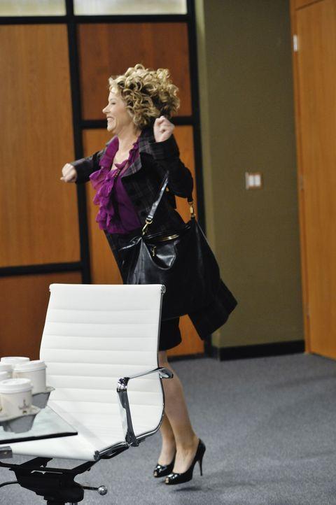 Von ihrem neuen Büro ist Samantha (Christina Applegate) hellauf begeistert ... - Bildquelle: 2008 American Broadcasting Companies, Inc. All rights reserved.