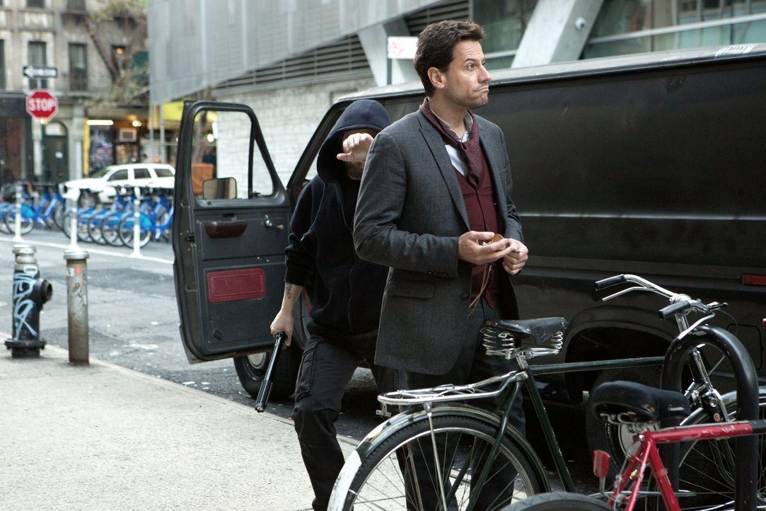 Der neuste Fall bringt auch Henry (Ioan Gruffudd) an seine Grenzen ... - Bildquelle: Warner Brothers