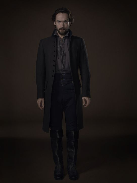 (3. Staffel) - Ichabod Crane (Tom Mison) findet zwei Tafeln, die die wahre Bestimmung der zwei Zeugen offenbaren könnten ... - Bildquelle: 2015-2016 Fox and its related entities.  All rights reserved.