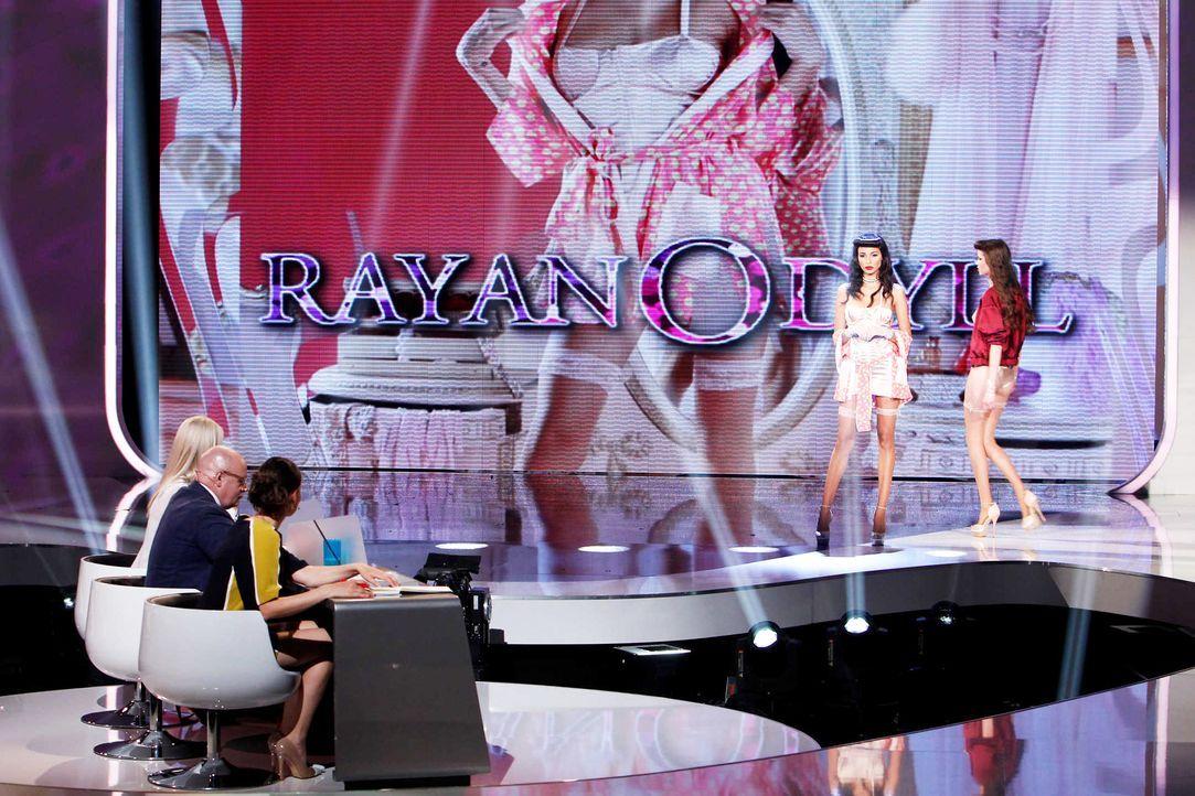 Fashion-Hero-Epi05-Gewinneroutfits-Rayan-Odyll-ASOS-04-Richard-Huebner - Bildquelle: Richard Huebner
