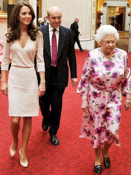 Kate-Middleton-Queen-Elizabeth-11-07-22-AFP - Bildquelle: AFP