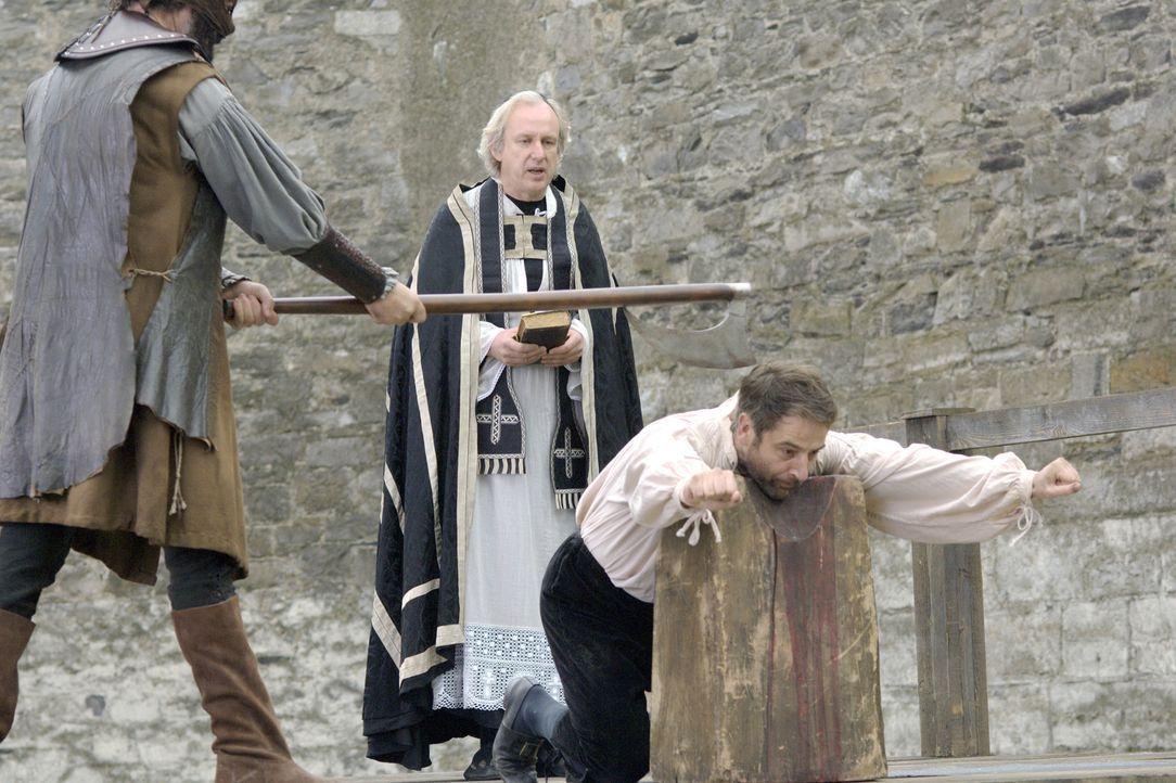 Wird wegen Hochverrat zum Tode verurteilt: Sir Thomas More (Jeremy Northam, r.) ... - Bildquelle: 2008 TM Productions Limited and PA Tudors II Inc. All Rights Reserved.