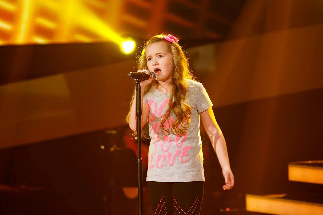 The-Voice-Kids-Stf02-Talents-Vanessa-SAT1-Richard-Huebner