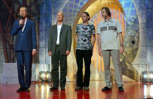 """Best of """"Quatsch Comedy Club"""" - (v.l.n.r.) Auf der Bühne heißen Tho..."""