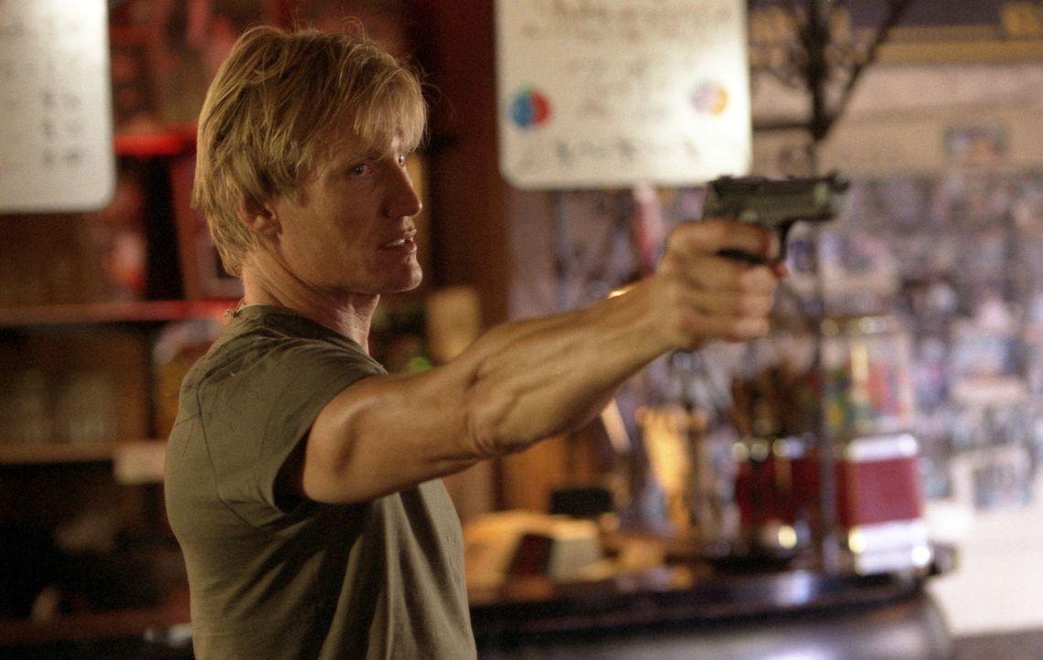Als Mordfahnder bei der Direct Action Unit von Los Angeles kennt Officer Frank Gannon (Dolph Lundgren) nicht nur alle Tricks der bösen Buben, sonder... - Bildquelle: Nu-Image Films