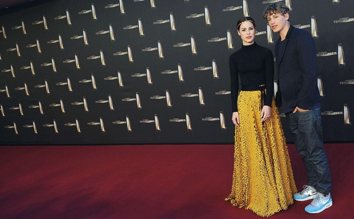 Deutscher-Fernsehpreis-Lena-Meyer-Landrut-Tim-Bendzko-13-10-02-dpa - Bildquelle: dpa