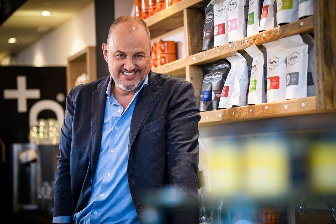 """(11. Staffel) - """"Augen auf und durch"""" - Sternekoch Frank Rosin verpasst den Gastrobetrieben ein intensives Coaching, das sich gewaschen hat. - Bildquelle: Willi Weber kabel eins"""