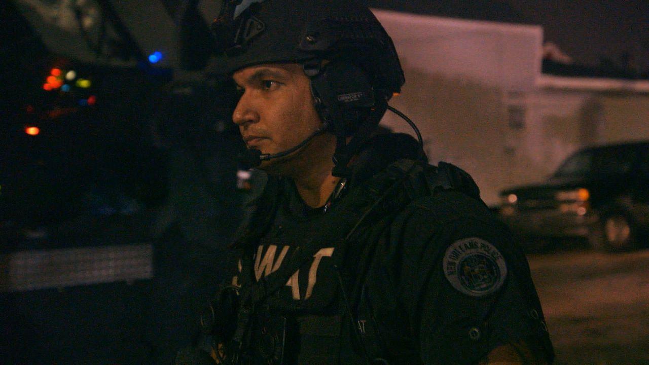 Für den Polizisten Justin (Bild) ist es das große Ziel, sich dem SWAT-Team von New Orleans anzuschließen. Seinen ersten Einsatz als SWAT-Mitglied ha... - Bildquelle: 2015 Wolf Reality, LLC and 44 Blue Productions, Inc.  All Rights Reserved.