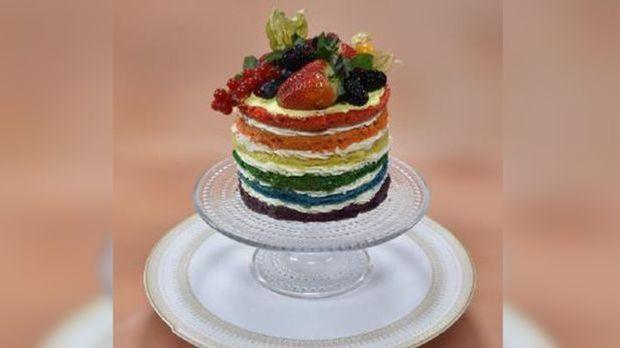 Ralphs Nakes Cake