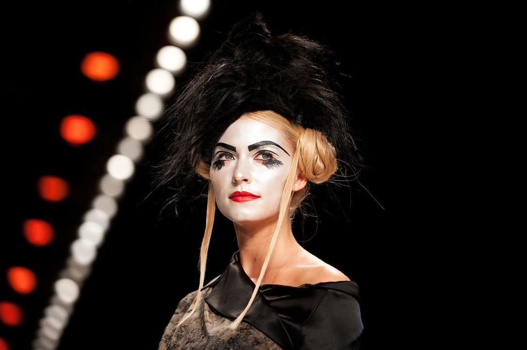 fashion-week-berlin-12-01-19-lena-gercke-dpajpg 1900 x 1264 - Bildquelle: dpa