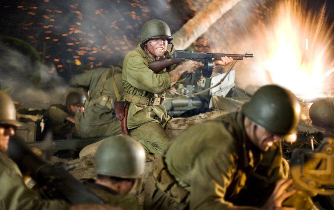 In der Nacht zum 7. August 1942 landet das 1st Marines Regiment auf Guadalcanal. Eine mörderische Schlacht beginnt ... - Bildquelle: Home Box Office Inc. All Rights Reserved.