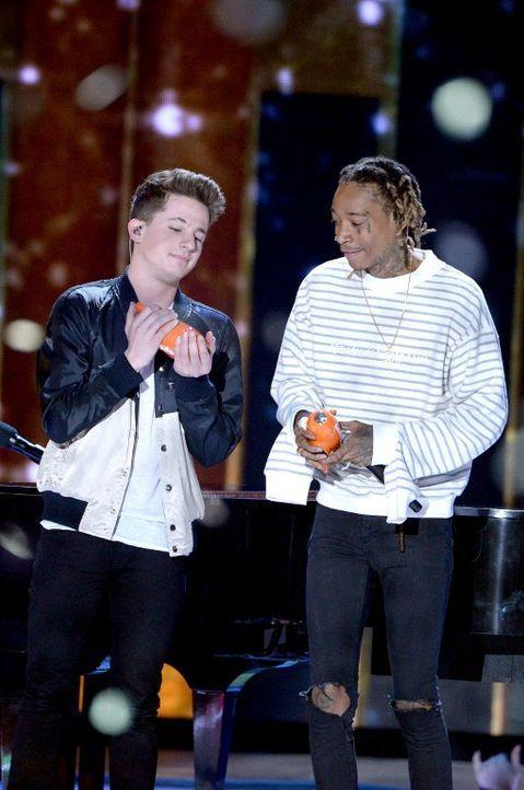 Nickelodeon-10-charlie-puth-wiz-khalifa-getty-AFP - Bildquelle: getty-AFP