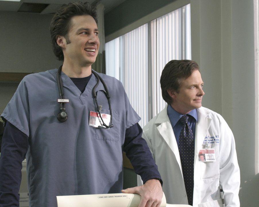 Dr. Kevin Casey (Michael J. Fox, r.) kommt als Gastprofessor ans Sacred Heart und J.D. (Zach Braff, l.) ist sofort schwer beeindruckt von ihm ... - Bildquelle: Touchstone Television