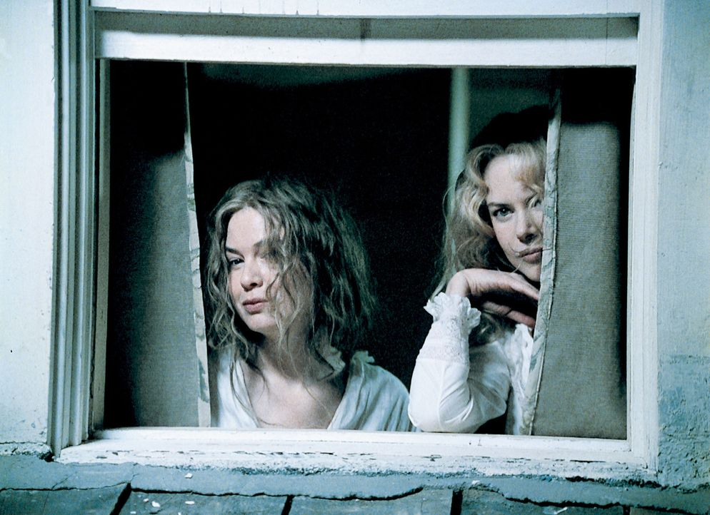 Nach dem Tod ihres Vaters wäre die verarmte Pfarrerstochter Ada (Nicole Kidman, r.) fast verhungert, wenn ihr nicht die energische Ruby (Renée Zellw... - Bildquelle: Phil Bray MIRAMAX Films/Dimension Films. All Rights Reserved.