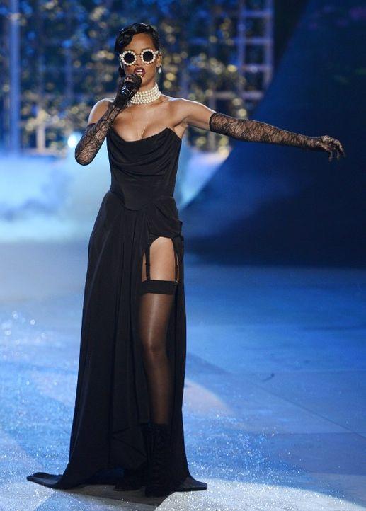 Rihanna: Schwarzer Engel - Bildquelle: AFP ImageForum
