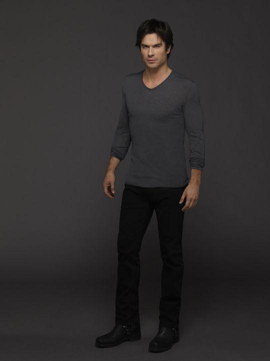Damon und seine Sprüche über Stefan - Bildquelle: Warner Bros. Entertainment Inc.