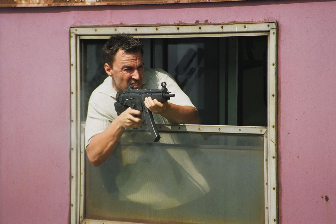 Kampferprobt: Der frühere CIA-Agent Nick Carlton (Todd Jensen) hat die Seiten gewechselt und betreibt jetzt schmutzige Geschäfte auf dem Balkan.